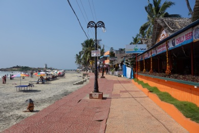 PavementKovalamBeach